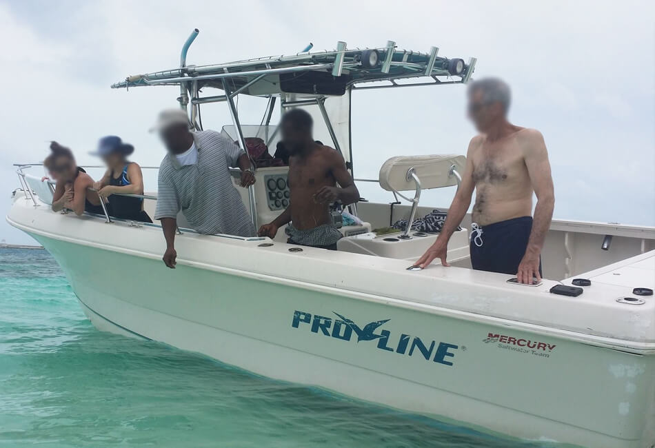 33 ft Pro-Line Speed Boat
